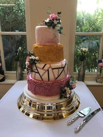 Jess & Nick's Wedding Cake