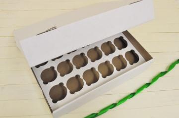 24 Cupcake Boxes